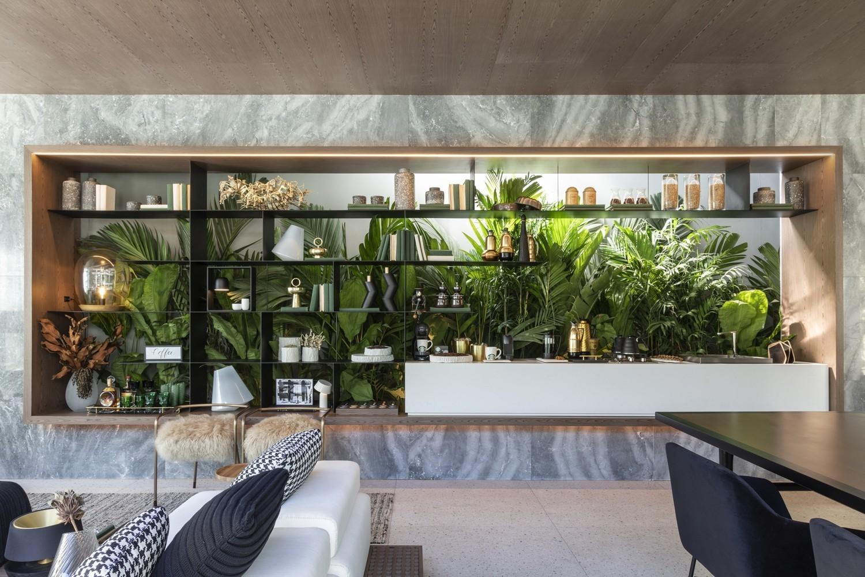 Traumhaus Akzentwand mit Pflanzen