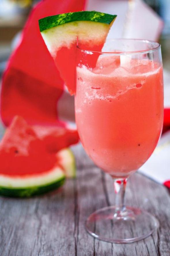 Wassermelone gesund Sommerfrucht Wassermelone Saft trinken