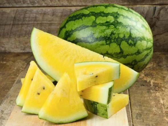 Wassermelone gesund Sommerfrucht gelbe Wassermelone Nährwerte