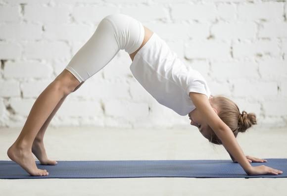 Yoga Sonnengruß Surya Namaskar Kinderyoga Übungen