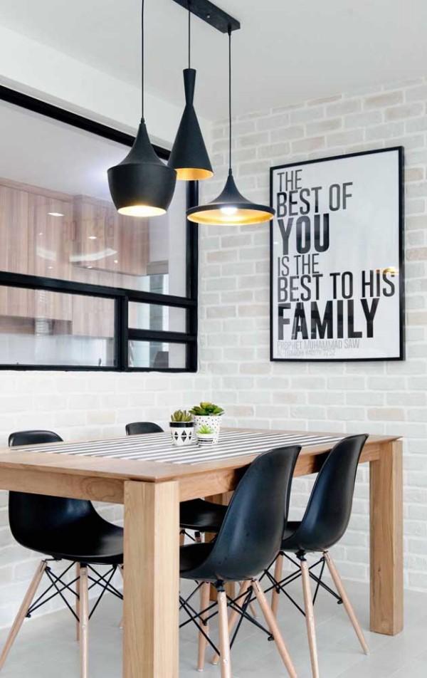 Zimmer in Braun und Schwarz - Küchentische