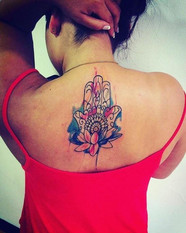 aquarell hamsa tattoo rücken