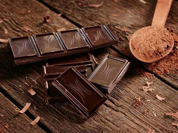 magnesiumhaltige lebensmittel dunkle schokolade