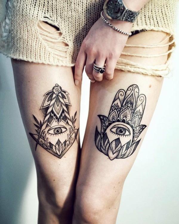 oberschenkel hamsa tattoo doppelt