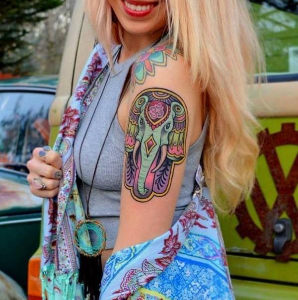 om elefanten buntes hamsa tattoo