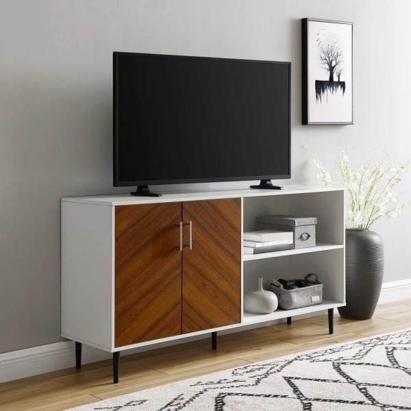 platzsparend - weißes Möbelstück mit einer Holztür