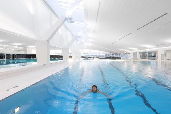 pool im haus mit olympischer größe