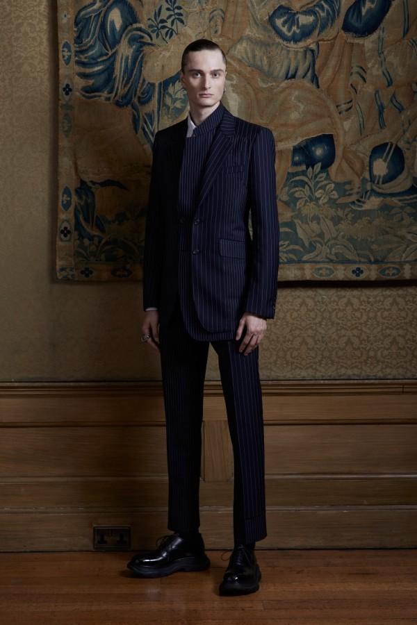 schwarzer Anzug - tolle Modetrends