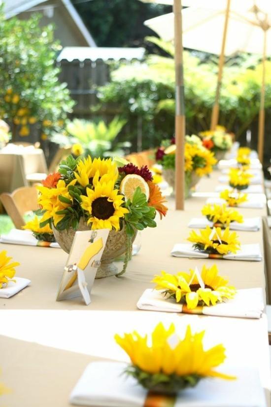 sommerliche tischdeko ideen mit sonnenblumen