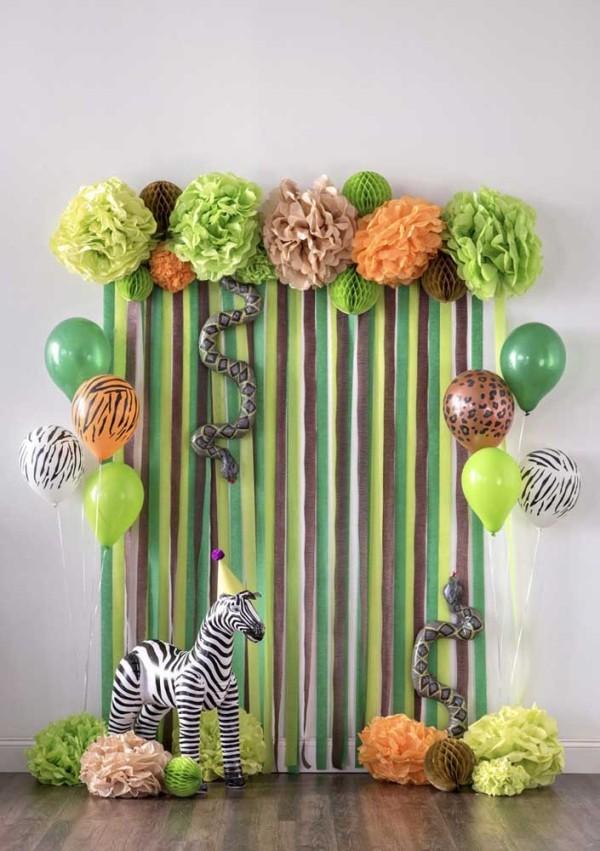 vorhang in grünen farben kindergeburtstag