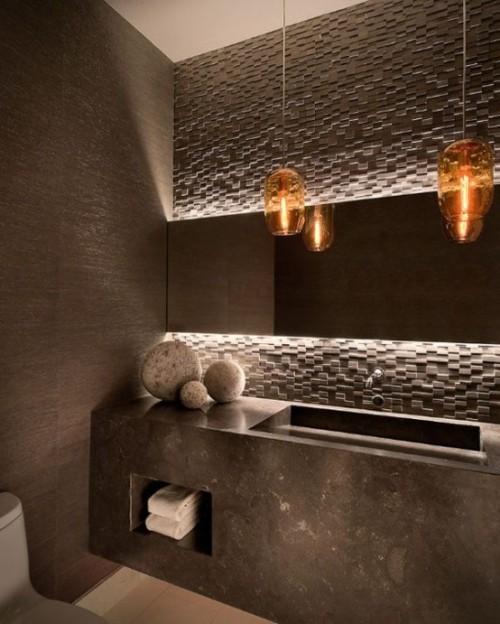 Akzentwand moderne Wandgestaltung modernes Bad Fliesen richtig beleuchtet eyecatching