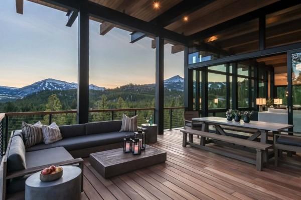 Aussicht auf ein Gebirge - Traumhaus