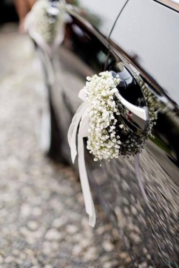 Autoschmuck Hochzeit an den Reifen