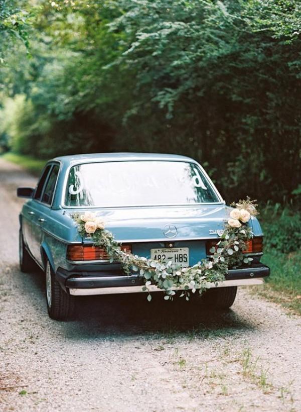 Autoschmuck Hochzeit in einem antiken Stil