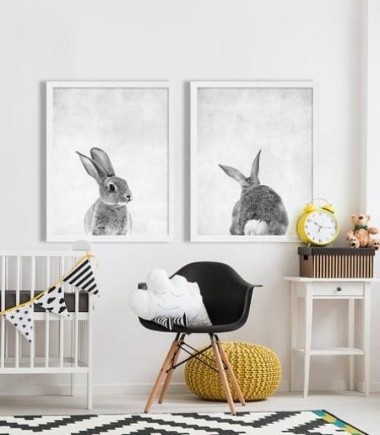 Babyzimmer Deko Ideen Wandbilder Hasen Sessel Hocker weiß grau schwarz