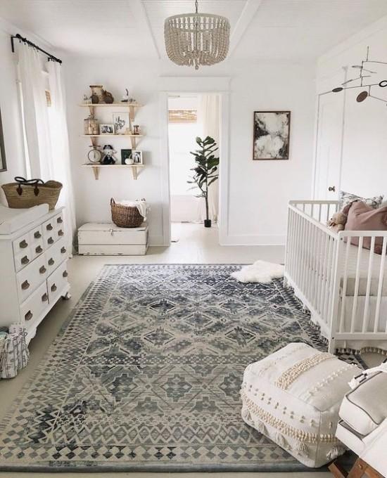 Babyzimmer Deko Ideen großes helles Zimmer mit Liebe gestaltet mit Behaglichkeit