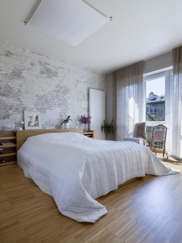 Backsteinwand im Schlafzimmer moderne Gestaltung weiß grau Holz