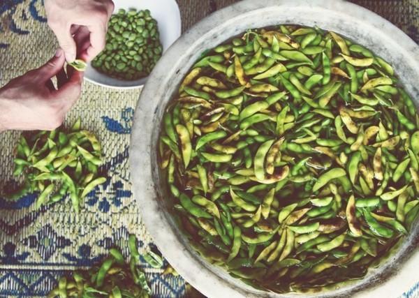 Ballaststoffreiche Lebensmittel Liste Edamame grüne Sojabohnen