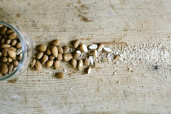 Ballaststoffreiche Lebensmittel Mandeln Nüsse