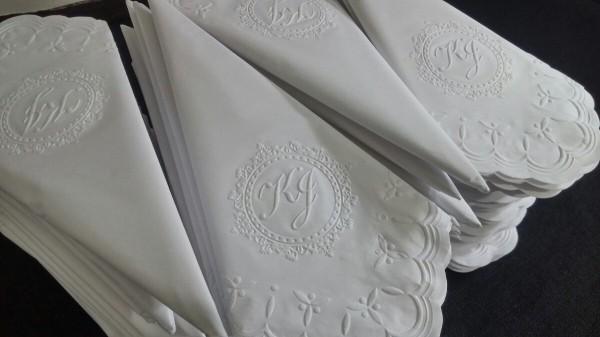 Eigravierte Muster - Hochzeitsdeko