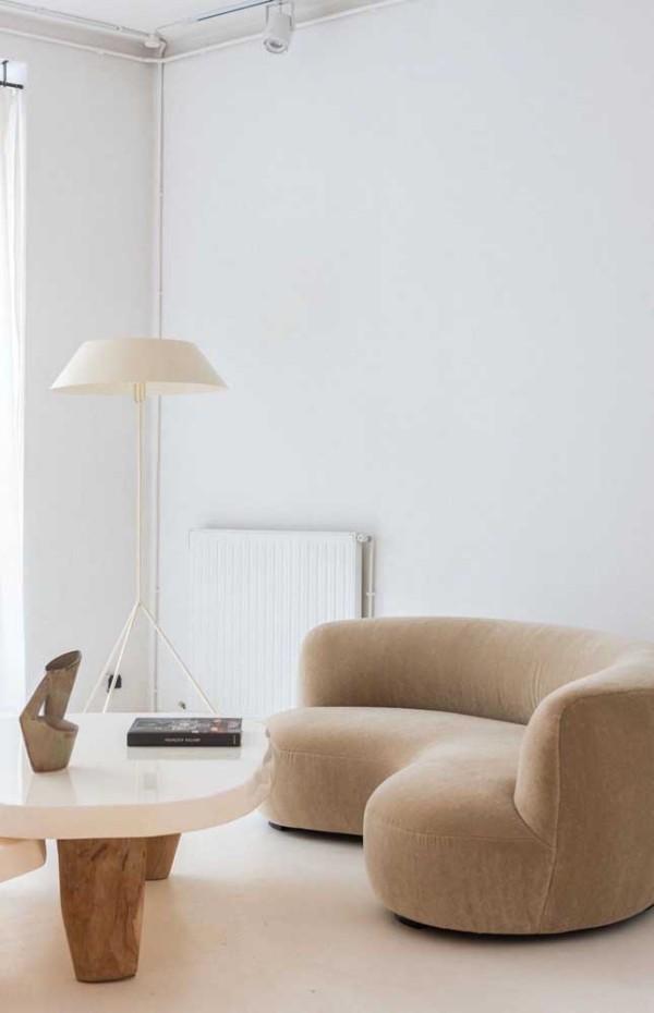 Elfenbein und moderne ovale Formen