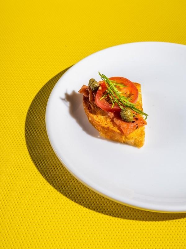 Fischloser Fisch von Impossible Foods in Entwicklung toast brot mit lachs ohne fisch