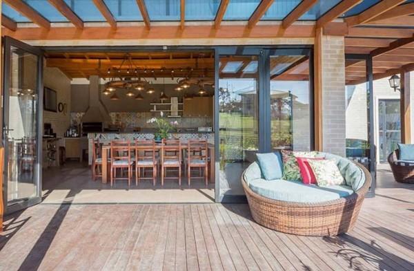 Glaswand- Veranda für ein Traumhaus