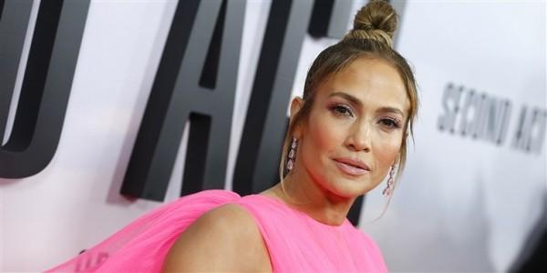 Jennifer Lopez 50 Jahre alt perfektes Äußeres Glückwunsch zum Geburtstag