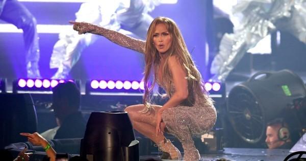 Jennifer Lopez 50 Jahre alt perfektes Äußeres jedes Konzert großer Erfolg