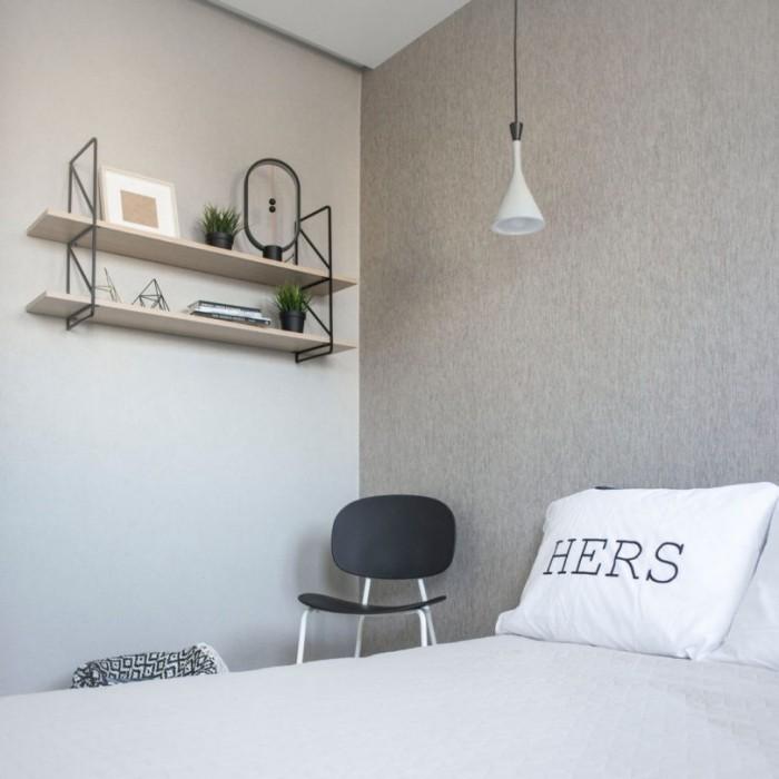 Kleines Apartment einrichten Blick ins Elternschlafzimmer klein aber gemütlich