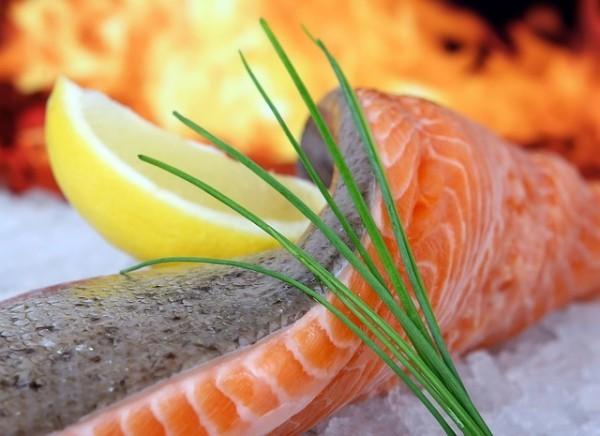 Magnesiumreiche Lebensmittel Fisch zweimal die Woche essen