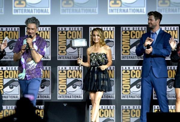 Natalie Portman auf der Szene von Comi-Con