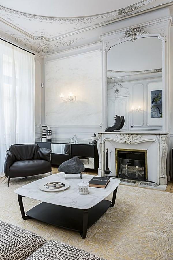 Pariser Chic im Wohnzimmer weiß und schwarz im Kontrast schickes Interieur