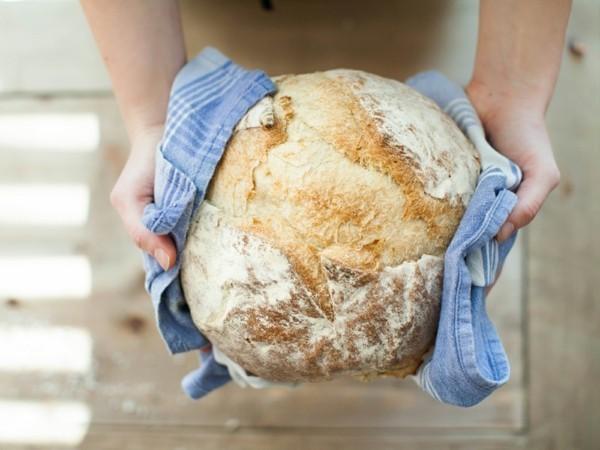 Sauerteig Rezept Sauerteigbrot backen gesundes Weizenbrot mit Sauerteig