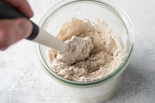 Sauerteig selber machen Sauerteigbrot Rezept Sauerteig herstellen