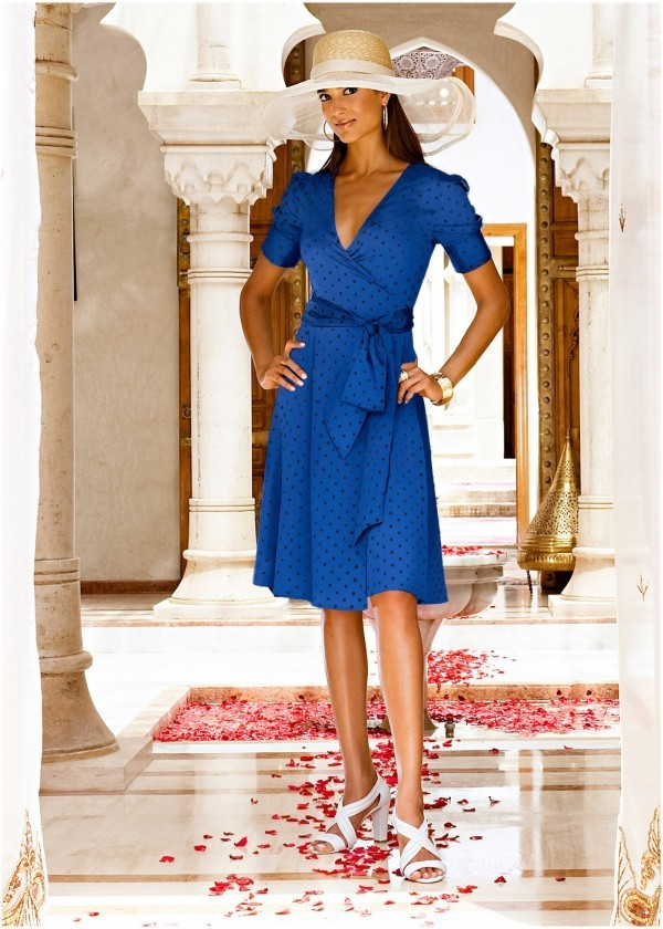 Sommerkleider Inspiration in edler blauer Farbe