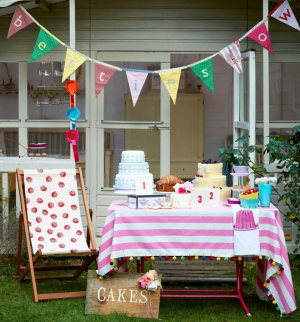 Sommerparty Deko Ideen Gartenparty Buffet Süßspeisen