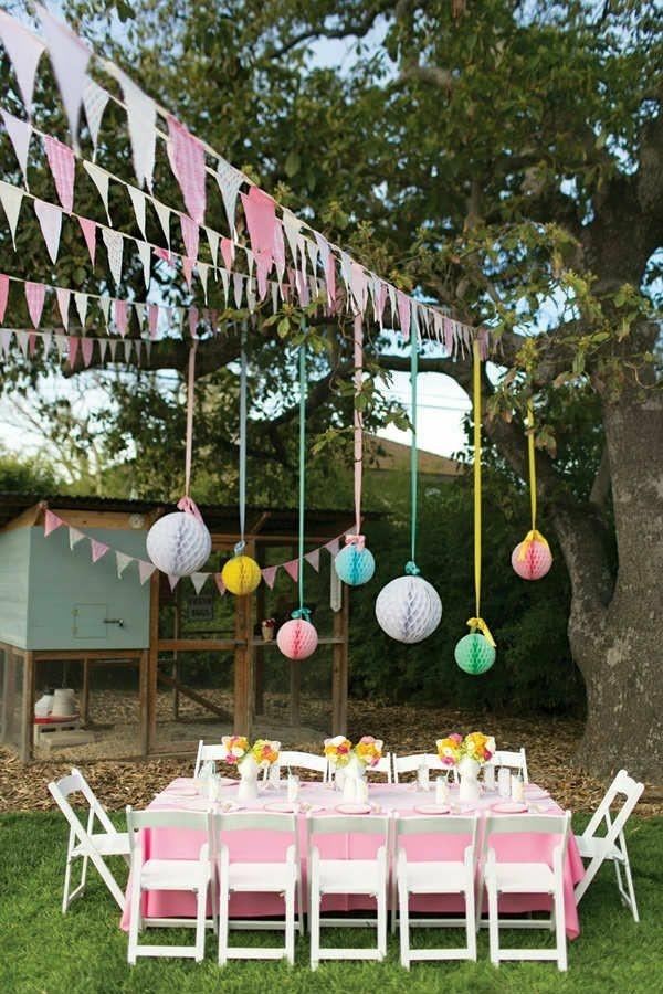 Sommerparty Deko Ideen Gartenparty Tisch Deko Papier Pompons