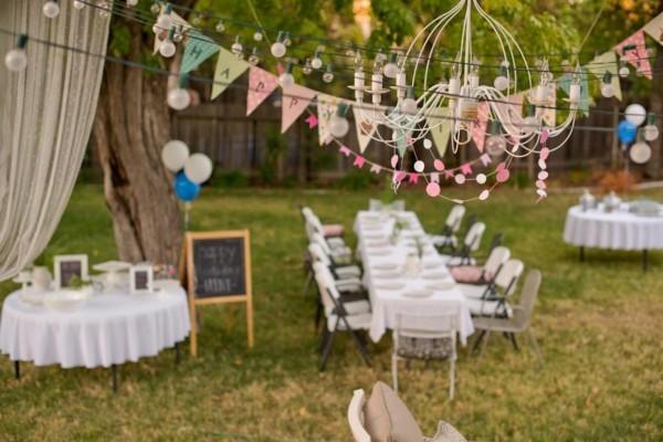 Sommerparty Deko Ideen Gartenparty Tisch dekorieren
