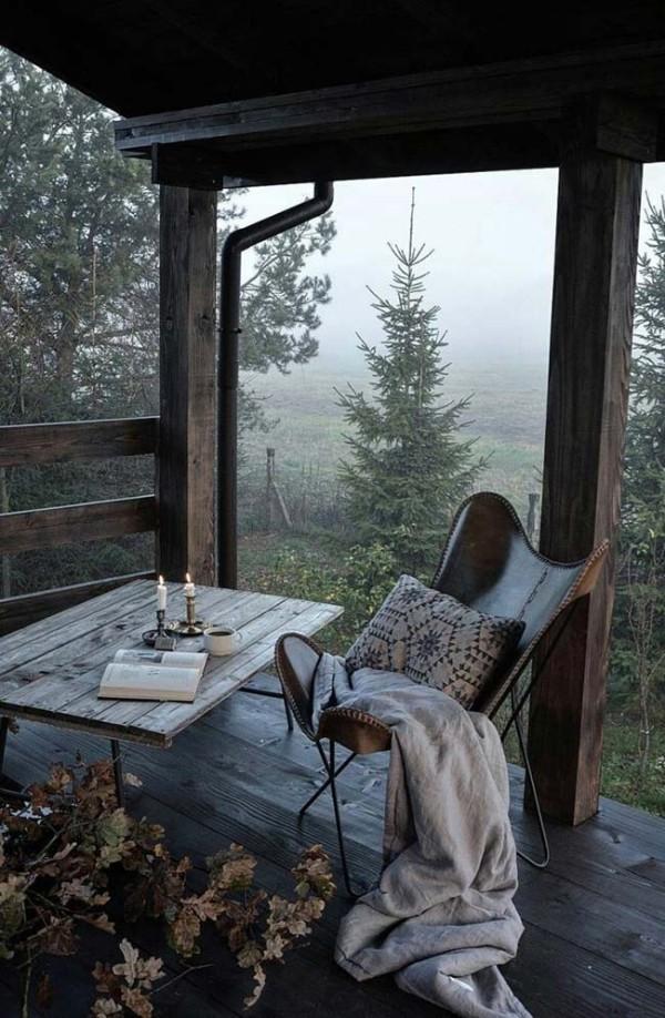 Traumhaus - romantische Ecke im Wald