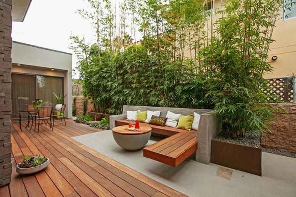 Traumhaus - tolle Terrasse aus Holz