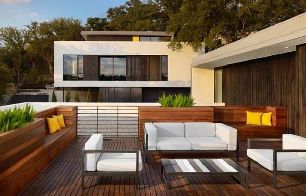 Traumhaus - tolles Veranda aus Holz