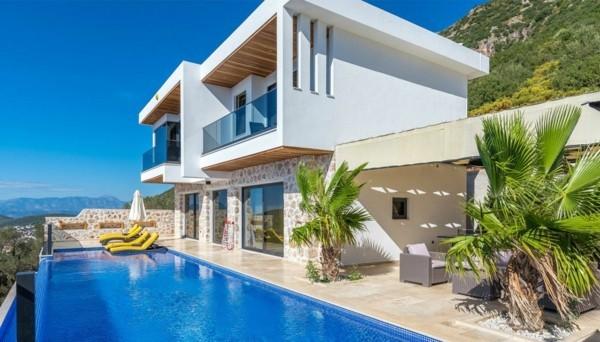 Zweifamilienhaus kaufen Gründe Vorteile Nachteile Doppelhaus Garten Gartenpool