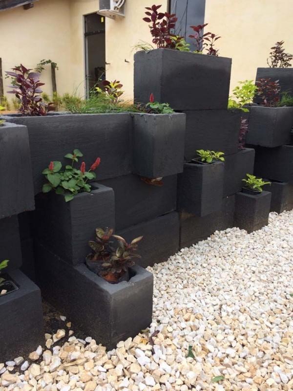 beton deko - schwarze blöcke