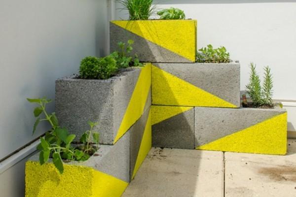 beton deko stein in gelb und grau
