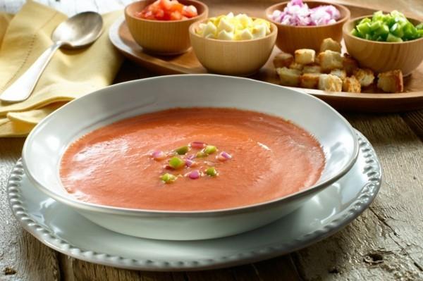 gazpacho rezept kalte sommersuppe aus tomaten