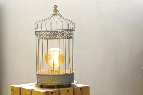 glühbirne vintage vogelkäfig deko