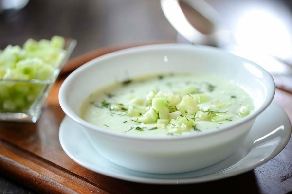kalte gurkensuppe mit yoghurt