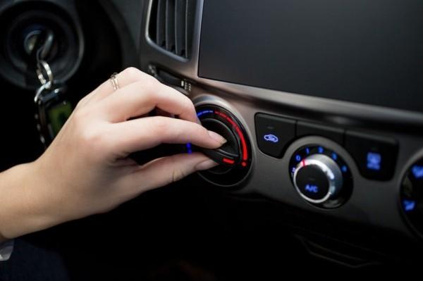 klimaanlage im auto desinfizieren