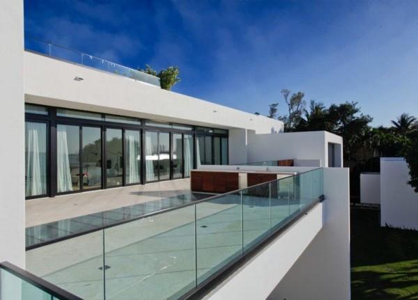 moderne Häuser - Veranda mit Glas